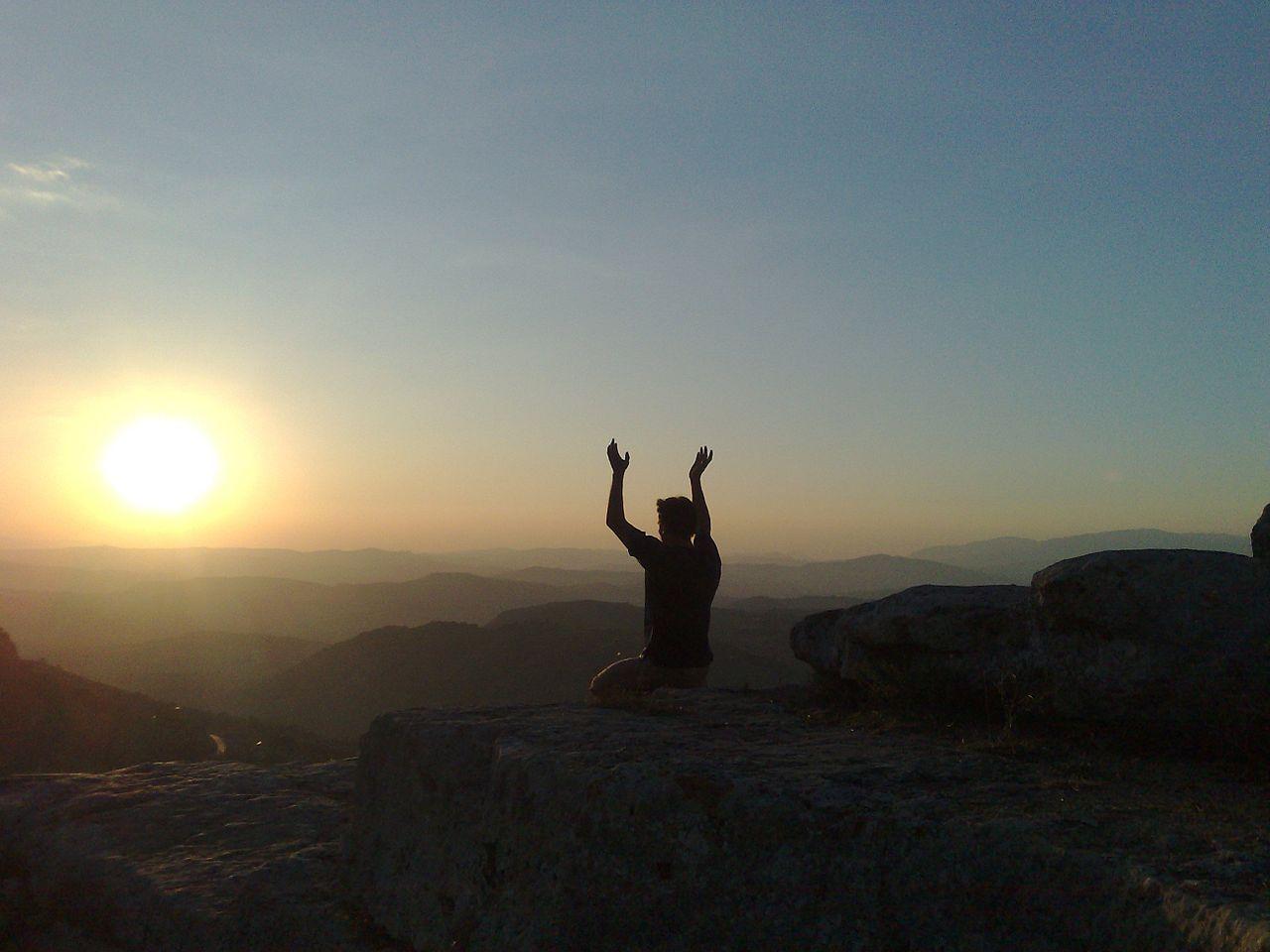 respiracion y meditacion con el sol